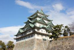 名古屋城へ貸切バスで観光